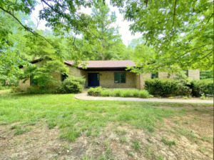 Corydon Brick Ranch Real Estate Online Only Auction