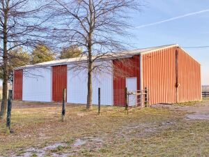Barns & Fencing (To Be Removed) Online Only Auction