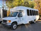 2005 Ford E-450 Super Duty - Diamond Coach 25-Passenger Bus
