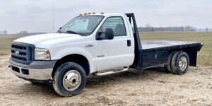 2006 Ford F-350 Super Duty XL Flatbed 4x4 Truck