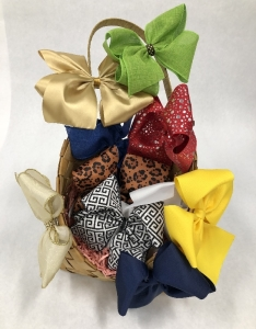 Assortment of Bows