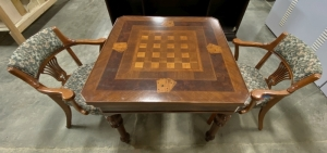 Gaming Table & Chairs
