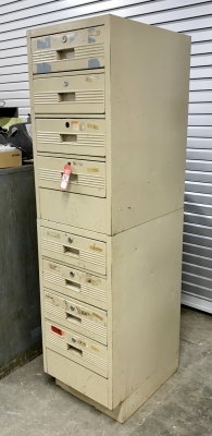 8-Drawer Shop Cabinet
