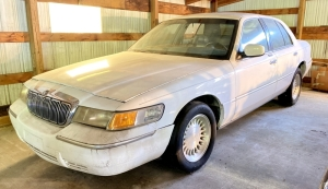 1998 Mercury Gran Marquis LS 4-Door Sedan - Parts Car