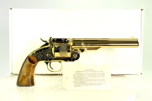 "Uberti Smith & Wesson No 3 2nd Model Top Break ""The Buffalo Bill & Annie Oakley"" Tribute 44 Cal Revolver"