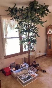 Artificial Tree & Christmas Decor