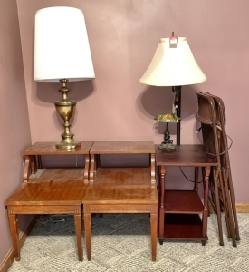 Folding Chairs, Lamps, & End Tables