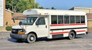 2006 Chevrolet Express Mid Bus Inc. 14-Person Bus