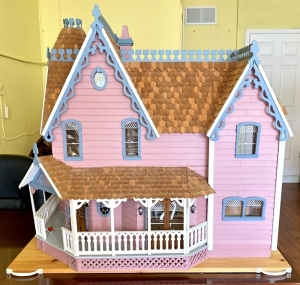Elaborate Victorian Styled Children's Doll/Playhouse