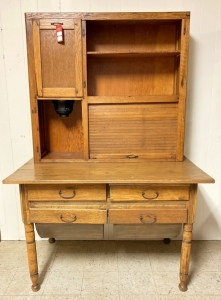 Early Primitive Round Bottom Drawer Kitchen Cabinet