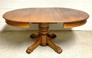 Antique Tiger Oak Pedestal Oval Dining Table