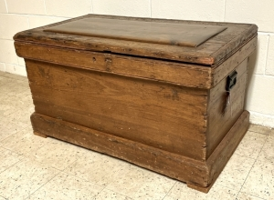 Primitive Pine Tool Chest