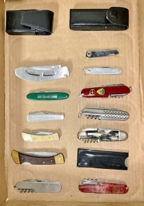 Pocket Knives & Multi Tools