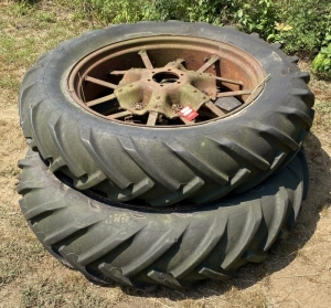 Farmall F-20 Tractor Tires & Wheels