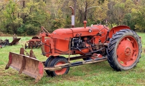 1946-1957 CO-OP E3 Tractor