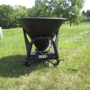 Nortrac Poly Fertilizer Spreader-New