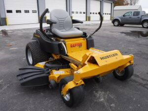 Hustler Raptor SD Zero Turn Mower