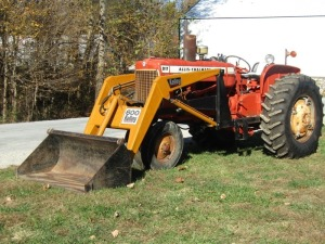 1964 Allis Chalmers D-17 Tractor with Loader