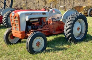 Ford 841 Powermaster Tractor