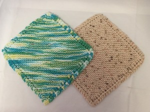 Set of 2 Knitted Wash Cloths