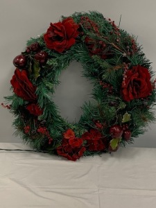 Lighted Holiday Wreath