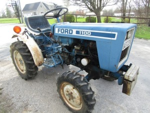 Ford 1100 4x4 Tractor