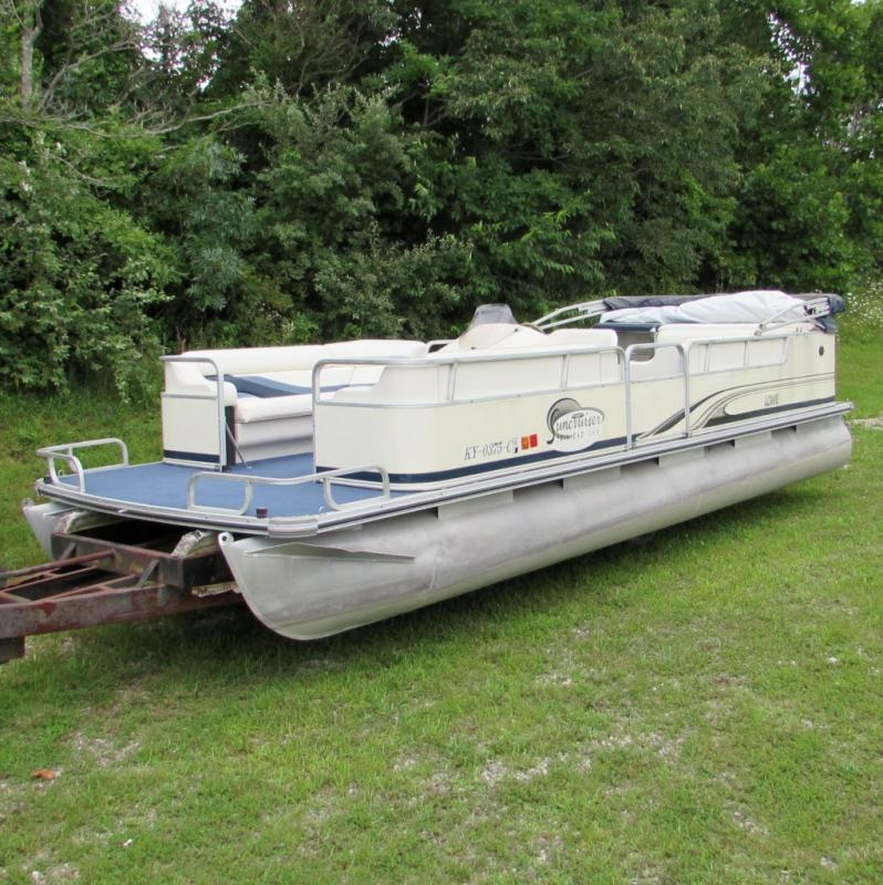 2001 Suncruiser Trinidad 240 & 1999 Evinrude 90 HP Outboard - Current price: $6600