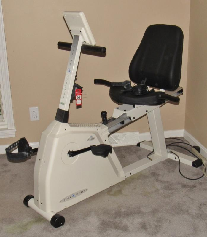 Life Fitness Treadmill Craigslist: Vision Fitness R2200