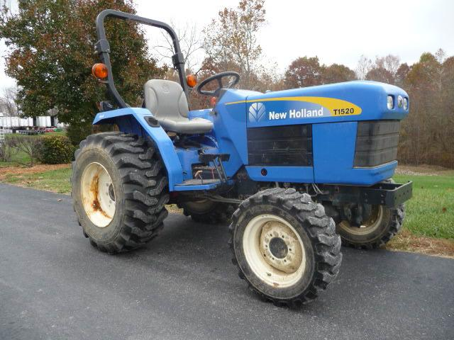 2009 New Holland T1520 4x4 Tractor - Current price: $6200
