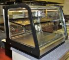 Federal Signature Series Refrigerated Countertop Self-Serve Merchandiser